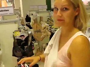 College Girl Umkleideraum